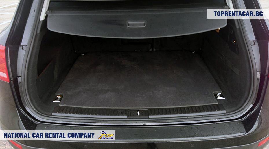 VW Touareg - vista del tronco